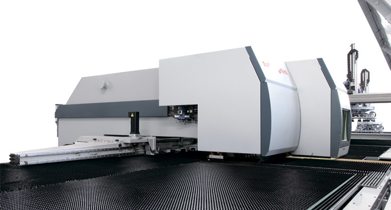 Systems for punching and laser cutting SALVAGNINI SL4