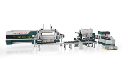 The cutting zone combined with flexible bending cells SALVAGNINI FLEXCELL LINES